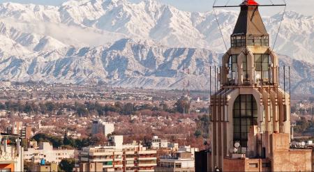 El aeropuerto de Rosario sumó un nuevo destino doméstico: Mendoza